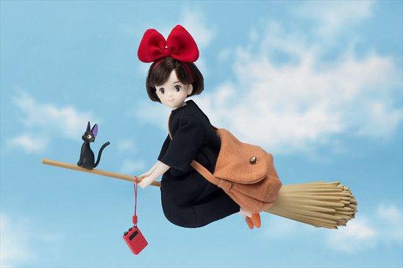 O Serviço de Entregas da Kiki | Figure de Kiki vai te fazer voar (nas dívidas)