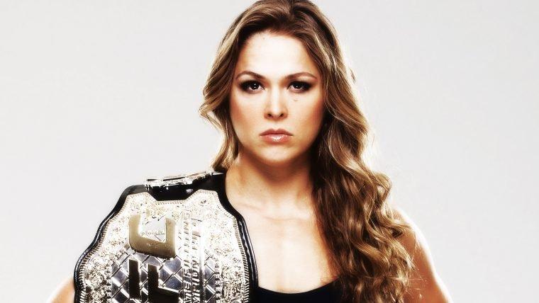 Ronda Rousey vai estrelar um filme baseado em sua autobiografia