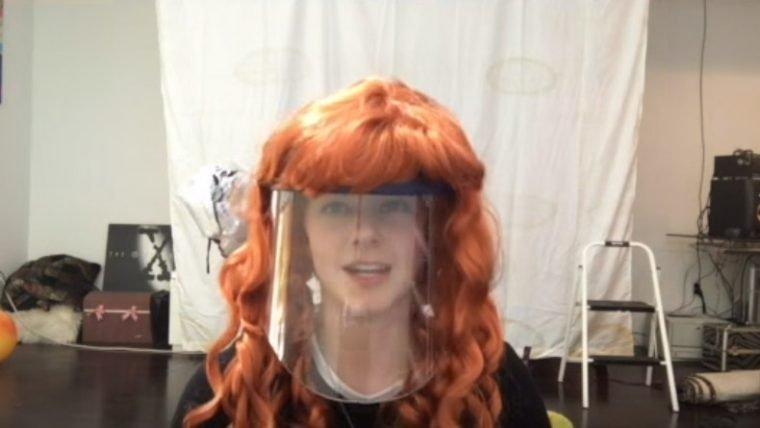 Usar um drone para cortar seu cabelo pode ser uma má ideia