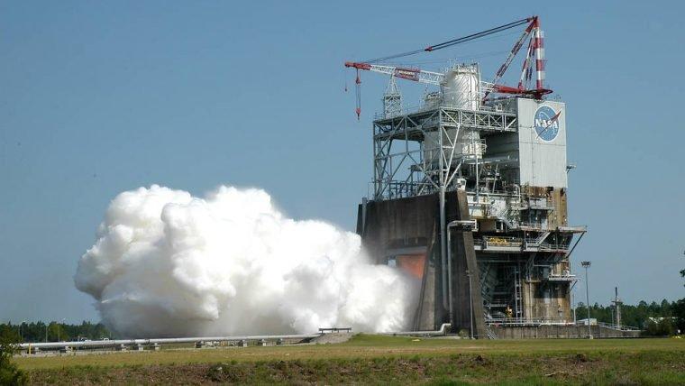 NASA acaba de testar o motor do foguete para a viagem a Marte
